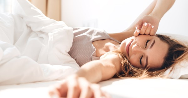 How much time an average American takes to get out of bed in the morning