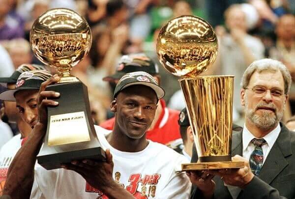 Michael Jordan – What year did he play baseball?