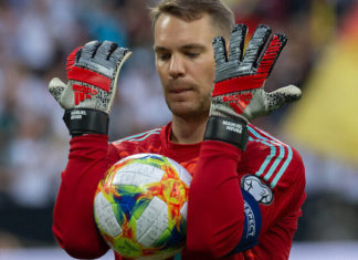 Manuel Neuer reveals what it's like to play in football
