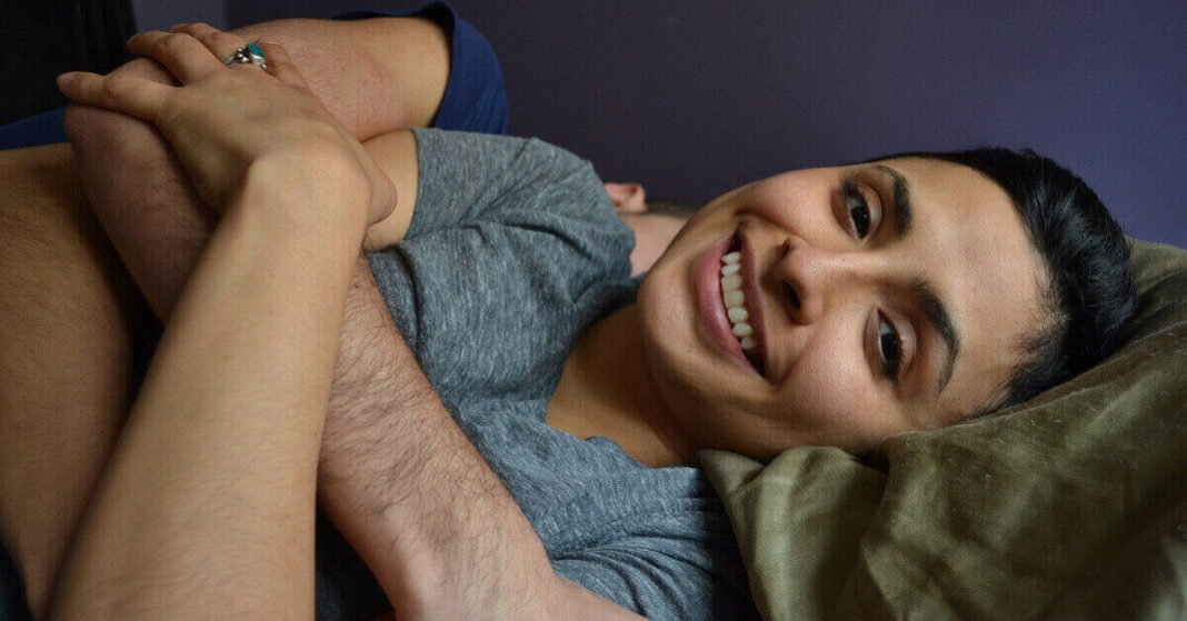 Professional cuddlers offering online sessions amid coronavirus pandemic