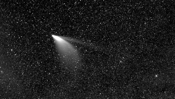 Remarkable Image of Comet NEOWISE Captured By NASA