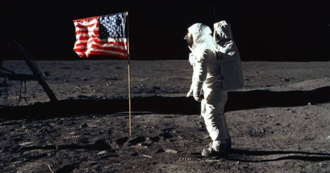 who has walked on moon