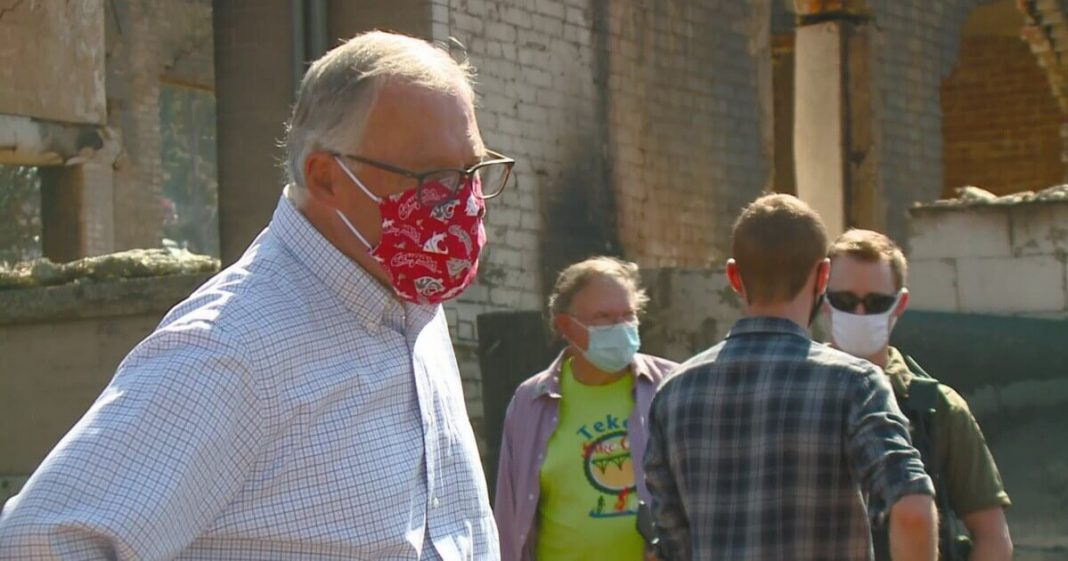 Jay Inslee gives maggot-infested apples to wildfire victims
