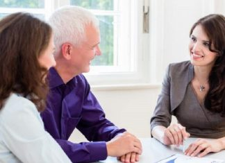 How to become a successful financial planner?