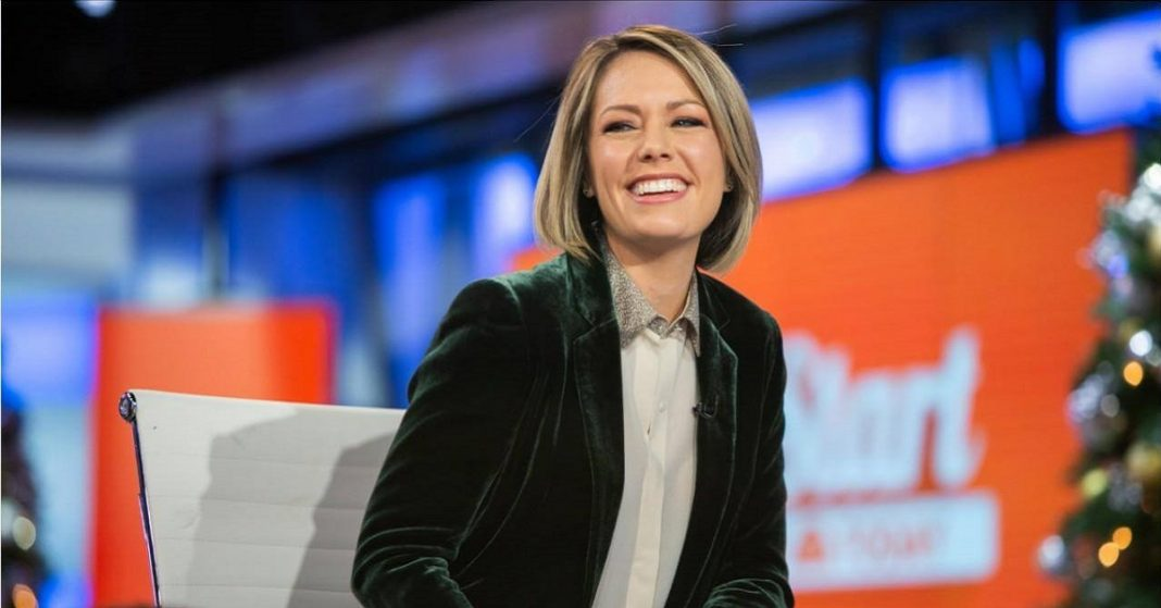 f Fox News Anchor Sandra Smith
