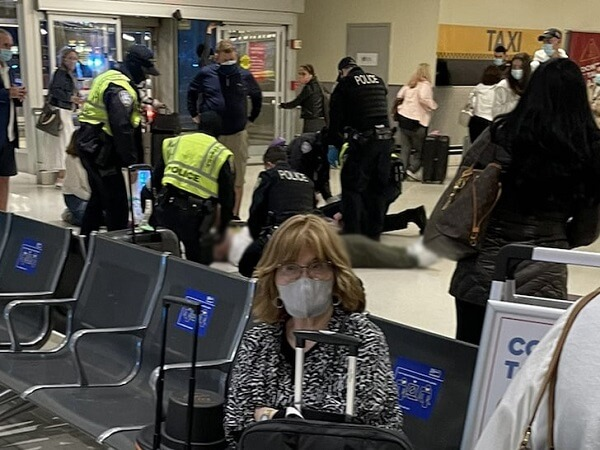 Dr. Oz saves man's life at Newark Airport