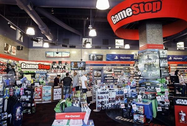 GameStop posts record $2.1 billion in sales