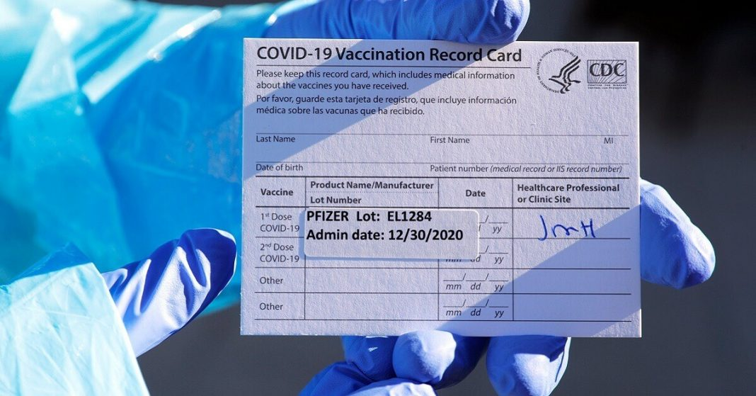mall businesses opt out of the COVID-19 tests or vaccines