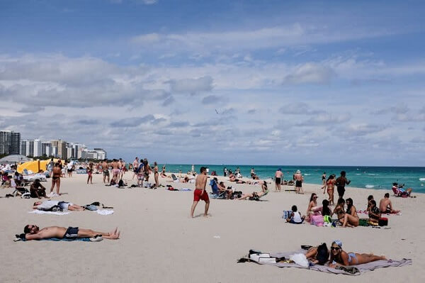 Miami Beach Curfew Extends As a Result of Civilian