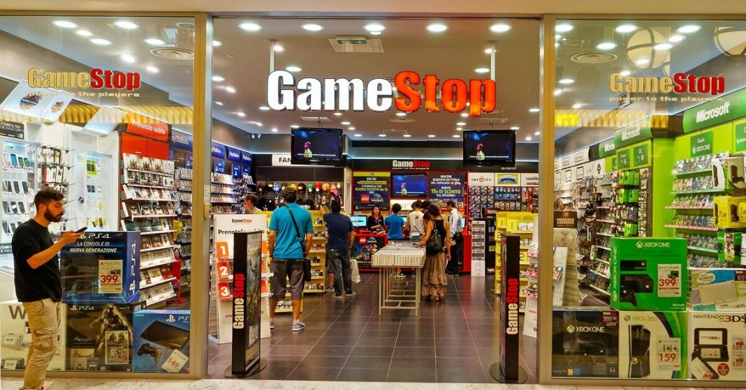 GameStop earns record $2.1 billion in sales in 1st quarter