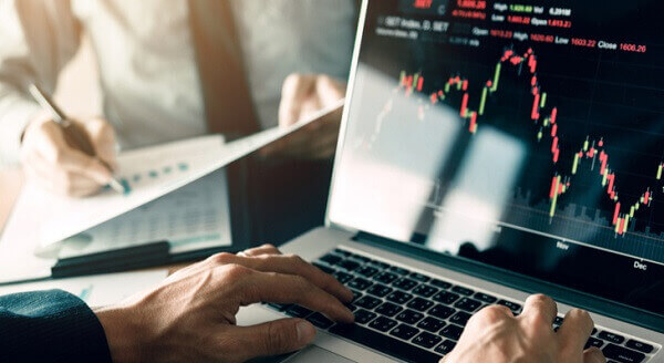 How can I earn 10,000 a day in stocks