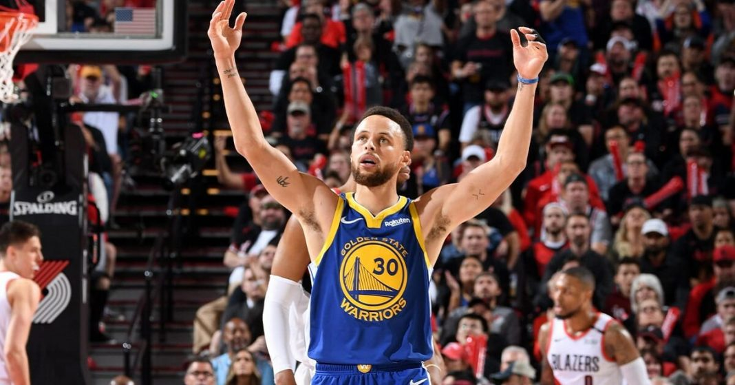 Stephen Curry blazes NBA floor- making a new record for 3- pointers with 85 in a month