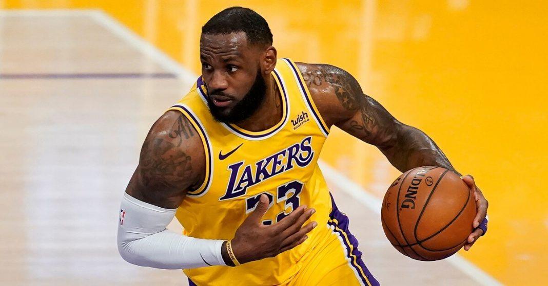 Cincinnati Bar Won't Broadcast NBA Games Until James is Expelled