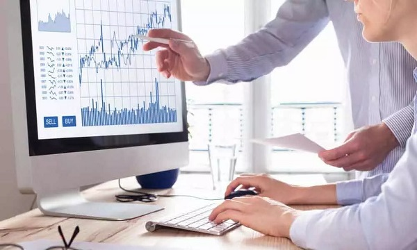 What is the relationship between a stock's volume and its price