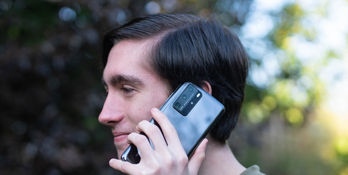 Choose a Cell Phone Plan that provides value-added benefits