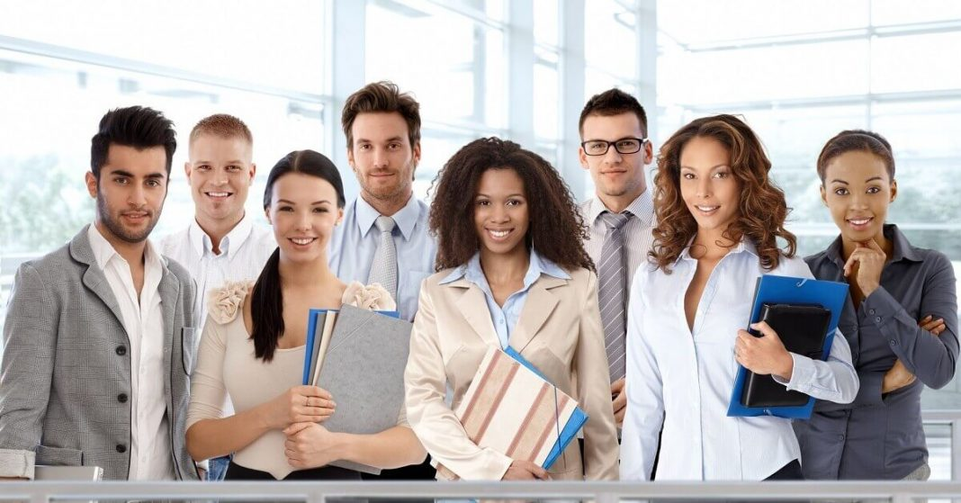benefits of a business degree