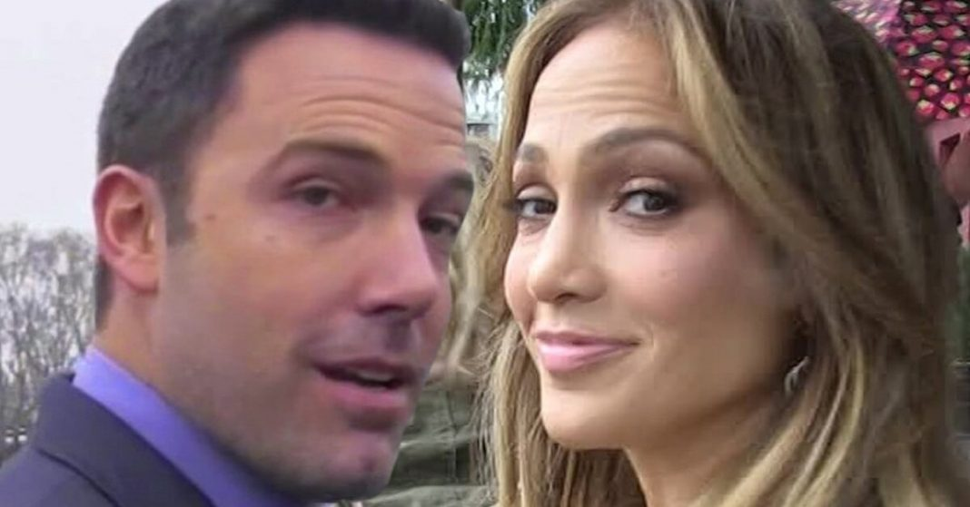 Ben & Jen spotted in Capri