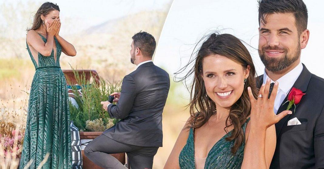 Blake Mayones propose Katie Thurston