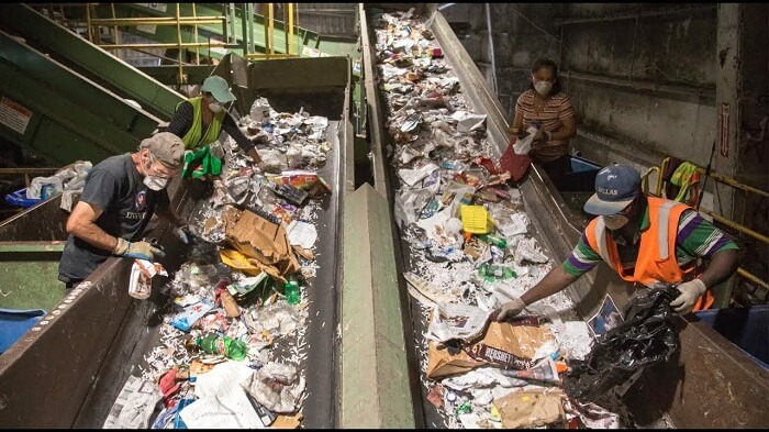 2 workers found unresponsive at waste recycling plant