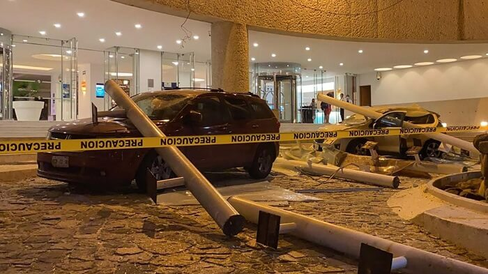 powerful earthquake shakes Acapulco, Mexico