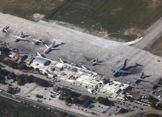 Chaos at Haiti airport