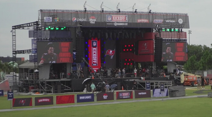 Ed Sheeran kickoff performance at Buccaneers-Cowboys leave the fans flabbergasted