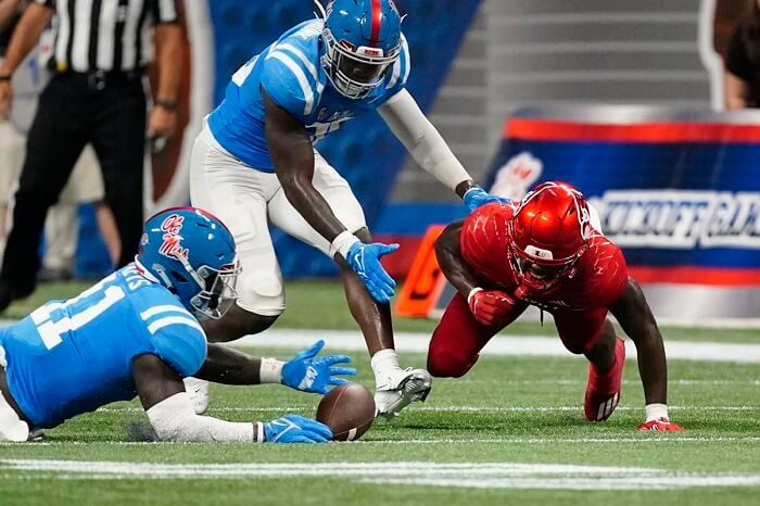Ole Miss won over Louisville by 43 – 24