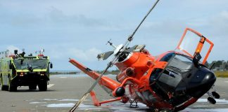 U.S Navy helicopter crashes in the sea – 5 reported missing